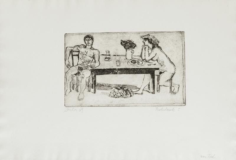 Paar am Tisch mit Hund